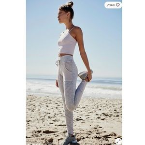 Free People Pants & Jumpsuits - Free People Kyoto High Rise Leggings in White.